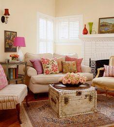 Garden Cottage Livingroom Decorating Design Ideas