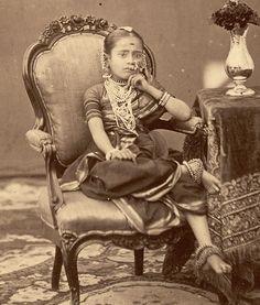 Vintage - a little princess?
