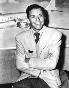 Love me some Frank Sinatra...what a handsome man he was!