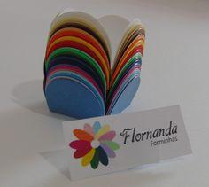 100 Forminhas modelo 4 pétalas com base 3,5cm    Trabalhamos com todas as cores da linha color plus 180g  R$16,00 (100 unidades)  Tamanho: Fundo 3,5 cm