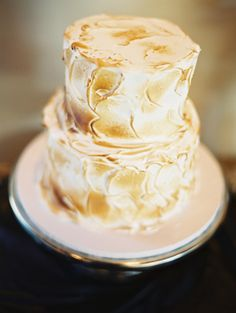 meringue wedding cake, photo by Lavender & Twine http://ruffledblog.com/microbrewed-wedding-inspiration #weddingcake #cakes