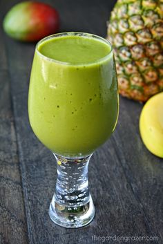 Tropical Matcha Smoothie - this is really yummy! Used pineapple juice instead of orange & sweetened with honey.