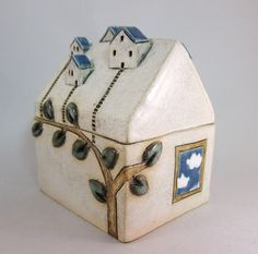 House https://www.etsy.com/listing/164727310/ivyhousesceramic-house-box