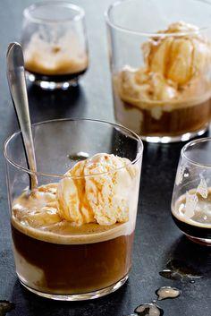 No Churn Mudslide Ice Cream is a simple dessert you'll make again. Guaranteed!
