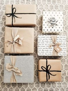 gift wrapping ideas - Idea Wallpapers , iPhone Wallpapers,Color SchemesChristmas gift wrapping ideas - Idea Wallpapers , iPhone Wallpapers,Color Schemes Did you wrapped up Your Gift for your Loved Ones:- AwesomeLifestyleFashion Glitter! Creative Gift Wrapping, Present Wrapping, Creative Gifts, Cute Gift Wrapping Ideas, Gift Wrapping Ideas For Birthdays, Birthday Wrapping Ideas, Elegant Gift Wrapping, Wedding Gift Wrapping, Creative Design
