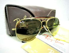 4ae12c7135 NEW VINTAGE RAY-BAN B L OLYMPIAN I DELUXE W0646 GlossBlk   NOS SUNGLASSES+Case