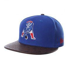Apoya a los  Patriots de New England con el gran estilo de la gorra  NewEra  Star Vize Patriots Otcstars con un diseño original con textura en la visera  ... 9edf27fc436