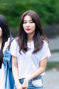 Asem Red Things red color of love Irene, My Girl, Cool Girl, Kang Seulgi, Red Velvet Seulgi, Model Face, Velvet Fashion, Sensual, South Korean Girls