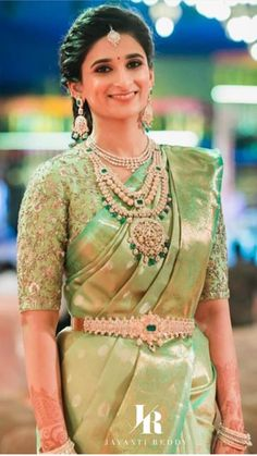 Beautiful South Indian Wedding Wear Idea :- AwesomeLifestyleFashion Different Culture have their own look and style and Kanjivaram and. South Indian Wedding Saree, Indian Bridal Sarees, Indian Wedding Wear, Bridal Silk Saree, Indian Bridal Fashion, Saree Wedding, Silk Sarees, Wedding Bride, Tamil Wedding