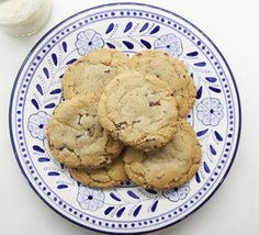 Recipe Box: The Perfect Chocolate Chip Cookie compliments of Lauren Conrad.