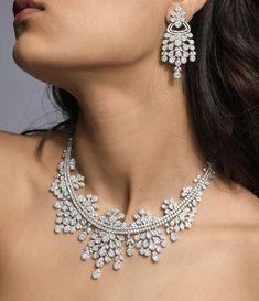 Girls Jewelry, High Jewelry, Real Diamond Necklace, Small Necklace, Gold Jewellery Design, Glitters, Wedding Jewelry, Diamonds, Vintage