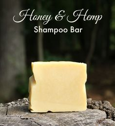Honey and Hemp Shampoo Bar Recipe. Cold process shampoo bar recipe from Jan Berry at The Nerdy Farm Wife. Honey and Hemp Shampoo Bar Re Diy Shampoo, Hemp Shampoo, Homemade Shampoo, Shampoo Bar, Honey Shampoo, Homemade Conditioner, Homemade Facials, Lotion En Barre, Diy Savon
