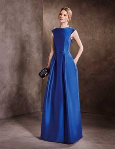garantía de alta calidad seleccione para el último correr zapatos Sonar con un vestido azul de fiesta – Vestidos de Noche