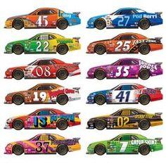 Autosport Scenesetters Race Auto -  Een wanddecoratie bestaande uit 12 race auto`s. Afmeting: totaal 81cm. Leuk voor een sport evenement, kinderfeest of gewoon als decoratie in een kinder of tiener slaapkamer.