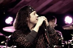 Christian Kane don't know who took the photo of him.