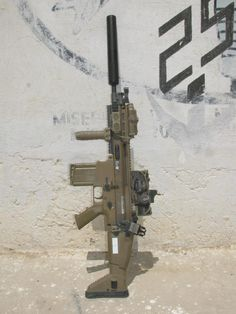 fmj556x45:  SCAR H mk17 from OEF-A AAC suppressor, Elcan SpecterDR 1-4x