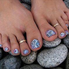 Love this polish and toe rings
