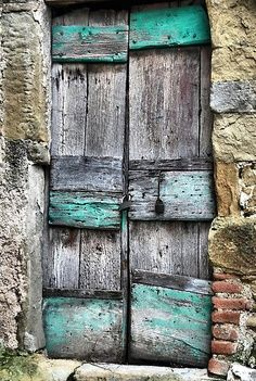 puerta de algún lugar del mundo