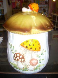 Cool vintage Sears Merry Mushroom cookie jar $59.99   www.jazzejunque.com