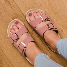 Women shoes Sneakers Outfits - - Women shoes Flats Cute - New Balance Women shoes 574 - - Cute Sandals, Cute Shoes, Women's Shoes Sandals, Me Too Shoes, Shoes Sneakers, Trendy Shoes, Casual Shoes, Shoes Style, Shoes For School
