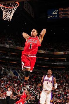Derrick rose monster dunk