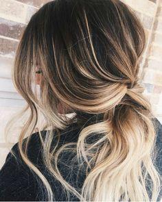 #PONYTAILGOALS hair by @madebybeck87 using #Oribe @oribepro #oribeobsessed #behindthechair #ponytail #losepony #drytexture #btcoribe #btcmadebybeck87