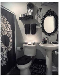 Dark Home Decor, Goth Home Decor, Gothic Room, Gothic House, Gothic Living Rooms, Gothic Bathroom Decor, Home And Deco, Bathroom Goals, Bathroom Ideas
