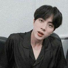 Seokjin, Hoseok, Jimin 95, Bts Jin, Foto Bts, Kpop, Jin Icons, Worldwide Handsome, Namjin