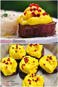 Lembra, cupcakes só que estes são salgados e de medalhão  … muito bom, além de lindos!  Receitinha muito simples de fazer, mas é sério,  bota simples nisso!! ...