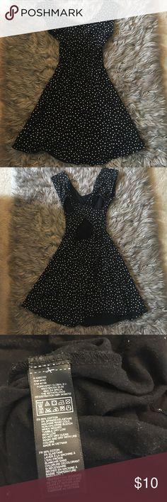 💸👗 Forever 21 Polka Dot Size Small Dress 💸👗 Forever 21 Polka Dot Size Small Dress / Fair Condition Forever 21 Dresses