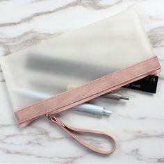 Gili Looking Into The Distant Pineapple Travel Passport /& Document Organizer Zipper Case