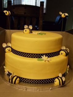 Bumble Bee Cake on Cake Central Bee Cakes, Fondant Cakes, Cupcakes, Cupcake Cakes, Friendship Cake, Bumble Bee Cake, Cake Works, Fantasy Cake, Just Cakes