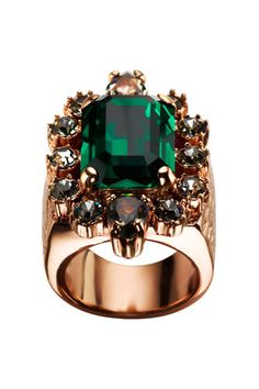 Have to love this emerald green cocktail ring.