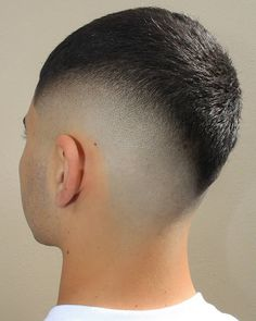 Check out these 25 cool buzz cut styles for clean cut and out there looks. Add a taper fade, fade or line up. Or go bold with color or hair designs. Buzz Cut For Men, Buzz Cut With Beard, Buzz Cuts, Buzz Haircut, Waves Haircut, Buzz Cut Styles, Beard Shapes, Shaved Hair Designs, Beard Fade