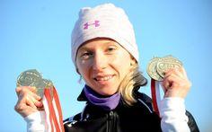 Mistrzostwa na piątkę. Złotkowska zgarnęła wszystkie złota. http://sport.tvn24.pl/sporty-zimowe,130/mistrzostwa-polski-w-lyzwiarstwie-szybkim-piec-zlotych-medali-luizy-zlotkowskiej,502251.html?magazineSubcategory=0