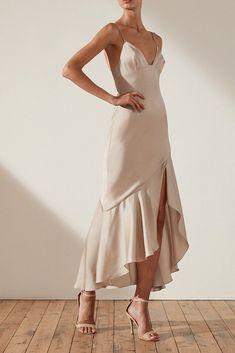 Shona Joy Oro Bias Frill Midi Dress - Source by - Champagne Cocktail Dress, Casual Cocktail Dress, Casual Day Dresses, Formal Dresses, Lace Dresses, Midi Dresses, Club Dresses, Babydoll Dress, Dress Up