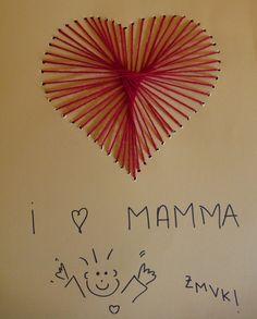 Biglietti per la festa della mamma fai da te, da realizzare con cartoncino e filo di lana