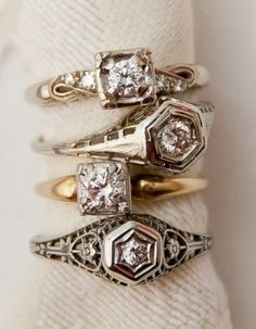 I like the overall detail on the bottom ring. I dont like the hexagonal shapes too much