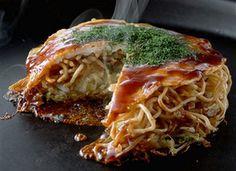 Hiroshima styled Okonomiyaki 広島風お好み焼き