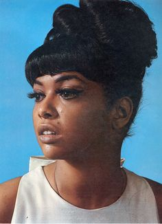 Tammi Terrell - a star singer for Motown Records during the Known for a series of duets with singer Marvin Gaye. (April 1945 - March University of Pennsylvania Marvin Gaye, Tammi Terrell, Divas, The Ventures, Tamla Motown, Vintage Black Glamour, Vintage Beauty, Vintage Hair, Black Celebrities