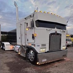 Old Pickup Trucks, Big Rig Trucks, Semi Trucks, Cool Trucks, Custom Big Rigs, Custom Trucks, Custom Cars, Trailers, White Truck