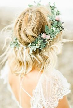 Stunning Greenery Wedding Hair Ideas ❤ See more: http://www.weddingforward.com/greenery-wedding-hair-ideas/ #weddings