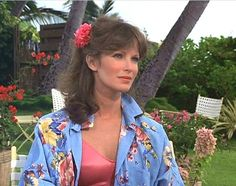 Jaclyn Smith Charlie's Angels, Beautiful People, Beautiful Women, Classic Beauty, Character Inspiration, Dame, Fashion Models, Cops, Angeles