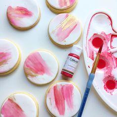 Paint Cookies, Fondant Cookies, Royal Icing Cookies, Cupcake Cookies, Heart Cookies, Fancy Cookies, Iced Cookies, Cookies Et Biscuits, Christmas Sugar Cookies
