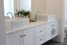 bathroom vanity with round basins and wall taps Bathroom Vanity Chair, Narrow Bathroom Vanities, Black Vanity Bathroom, Bathroom Vanity Makeover, Bathroom Styling, Navy Bathroom, Loft Bathroom, Bathroom Cabinets, Small Bathroom