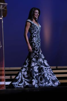 What Pageant Judges Look For In A Contestant http://www.thepageantplanet.com/pageant-judges-look-contestant/