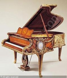 GRAND PIANO, after the Bureau du Roi Louis of the century model sold by Sotheby's, New York, on Wednesday, June 2001 Piano Stool, Old Pianos, Baby Grand Pianos, Marquetry, Piano Music, Antique Furniture, Painted Furniture, 18th Century, Porcelain