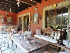 59 Ideas patio mexicanos haciendas mexican style for 2019 Mexican Style Decor, Spanish Style Decor, Spanish Style Homes, Mexican Patio, Mexican Hacienda, Hacienda Style Homes, Southwest Decor, Southwest Style, Southwestern Decorating