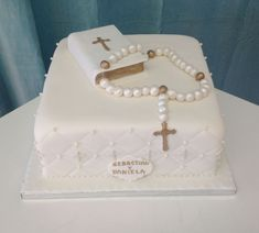 First Holy Communion Cake, First Communion Decorations, Religious Cakes, Confirmation Cakes, Communion Invitations, Cake Business, Celebration Cakes, Themed Cakes, Cake Designs