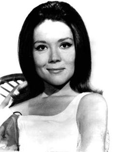 """Emma Peel - I really didn't think that she would kill  gentle King Joffrey Baratheon in """"Game of Thrones"""""""
